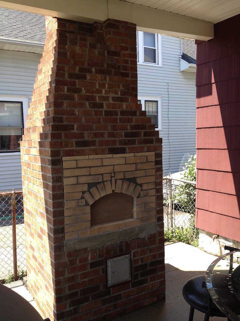 building a brick pizza oven into an existing space home